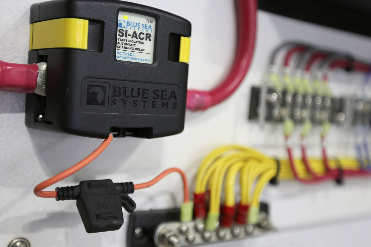Blue Sea Systems® 7610 - SI-ACR 120A 12/24V DC Automatic Charging Blue Seas Acr Wiring Diagram on blue sea 7650 installation, blue sea fuse block wiring diagram, carolina skiff diagram, blue sea battery selector wiring, blue sea acr with two engines,